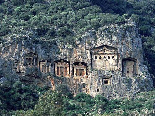 Kailash Kutumsar Caves