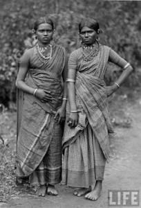 twoindianwomendressedinsaris-1940