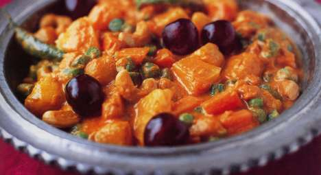 Navratan Korma (Vegetable Korma)