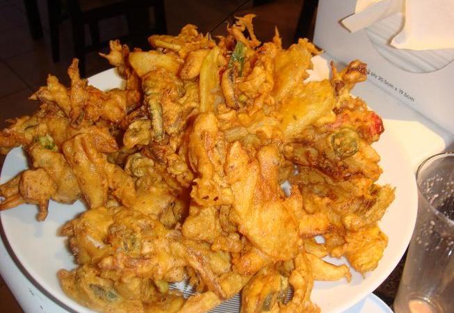 Pakoras – Indian Vegetables Fritters