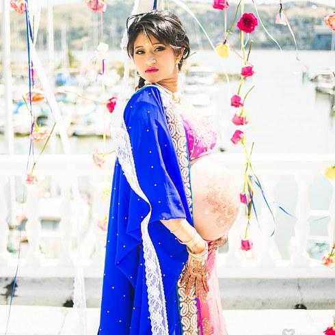 Shhivika Chauhan / Via thebigfatindianwedding.com
