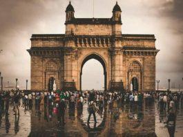 Gateway of India by Mumbai Darshan