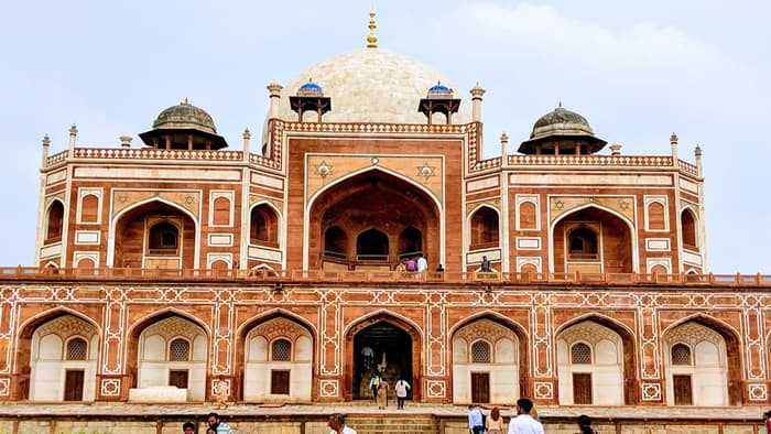 Humayun Tomb closer