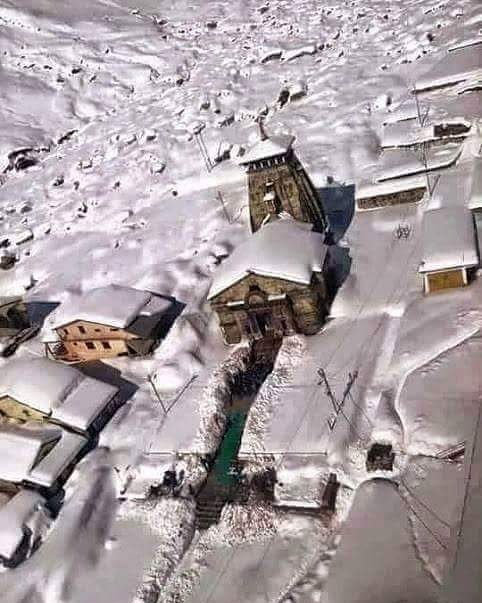 Snow covered Kedarnath Temple