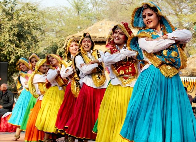 Traditional Dresses Of Indian States | RitiRiwaz