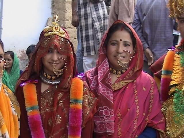 Costume of Uttarakhand