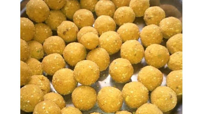 How to make Besan Ladoo