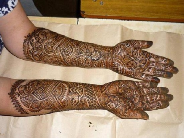 Mehndi – Custom and Designs