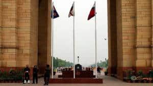 Amar Jawan jyoti inside India gate