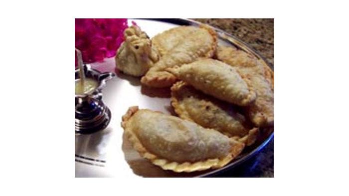 Gujiya Recipe | Mawa Gujiya Recipe