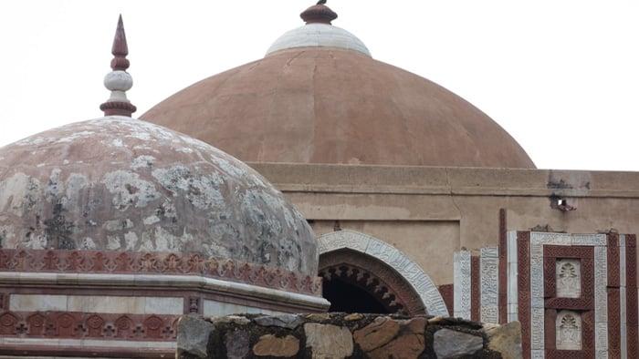 Alai Darwaza dome