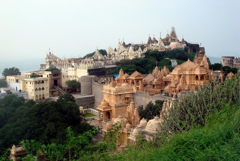 Palitana Mandir – The most sacred and famous pilgrimage place of Jainism
