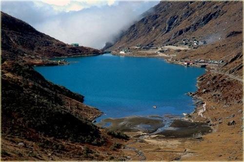 Tshomgo-Lake