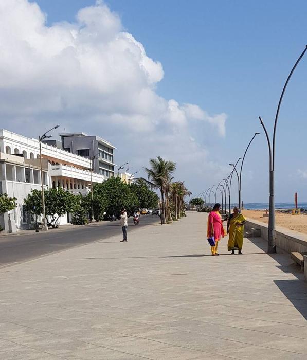 promenade beachfront