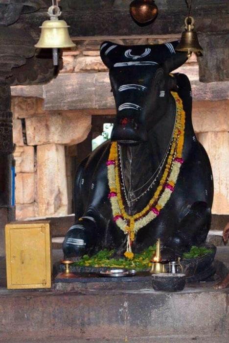 Virupaksha nandi statue