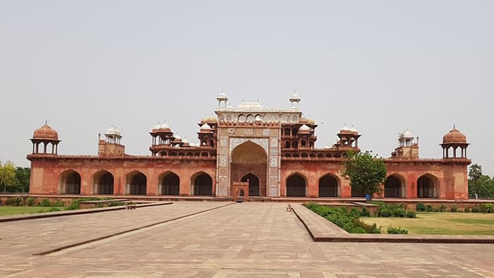 Akbar tomb view