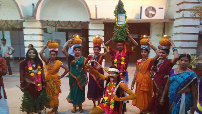 Telangana Bonalu dance
